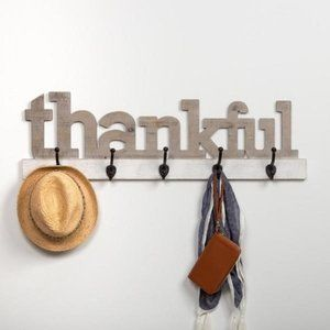 New Rustic Thankful Cut Out Rack with Hooks